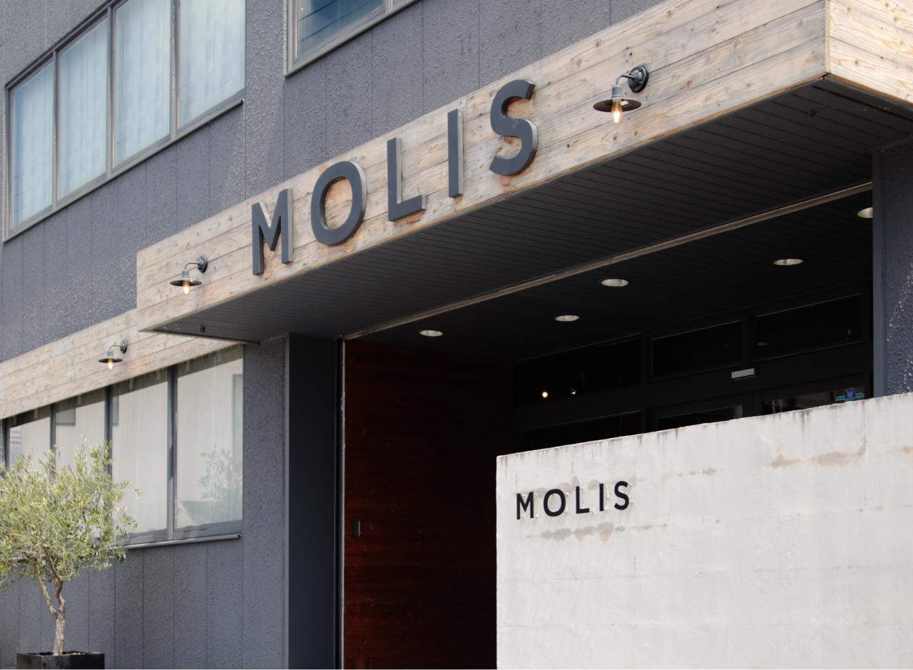 MOLIS店舗外観